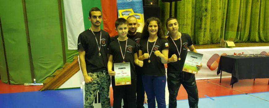 """Три златни и един сребърен медал за бойците на СК """"Терес"""" от Държавното в стил лайт контакт"""