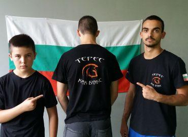 Трима от Терес на лагер с националите.
