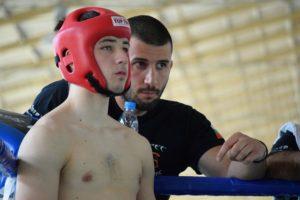 Димитър Желязков в ъгъла на състезател по Кикбокс