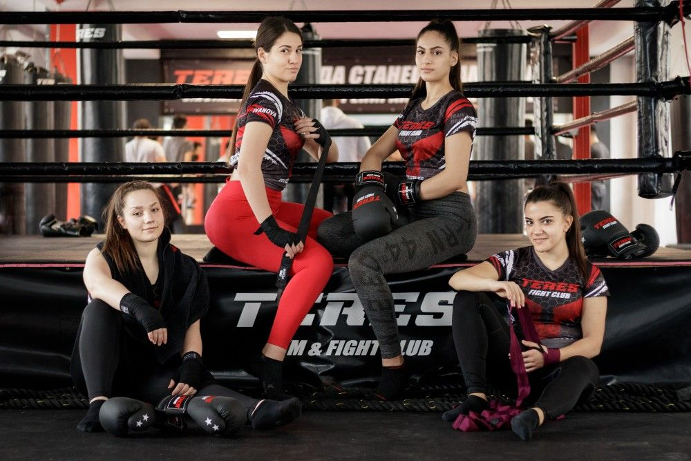 бокс за жени в Терес